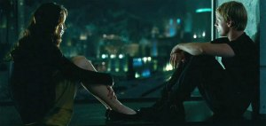 Jennifer-Lawrence-and-Josh-Hutcherson-in-The-Hunger-Games-2012-Movie-Image