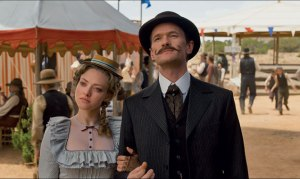 million-ways-to-die-in-the-west-amanda-seyfried-neil-patrick-harris-636-380