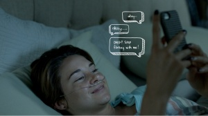 the-fault-in-our-stars-shailene-woodley-texting