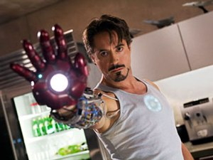 080615-ironman-downey-hand