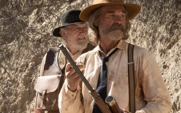 la-et-mn-bone-tomahawk-review-20151023